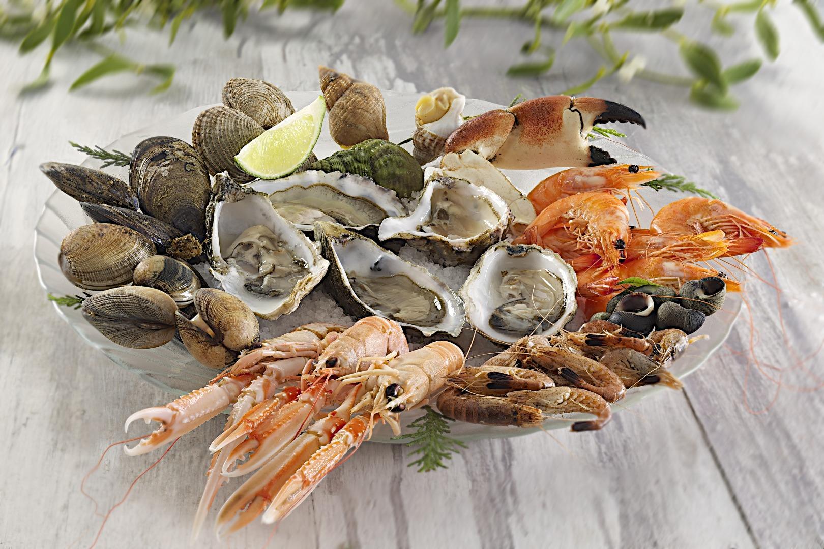 Plateau de fruits de mer à emporter à talais
